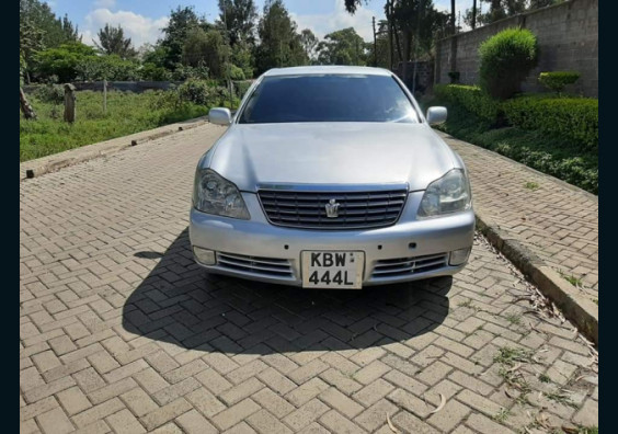 2006 Toyota Crown for sale in Nairobi Kenya