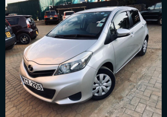 2012 Toyota vitz For Sale in Nairobi Kenya