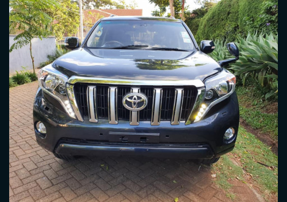 2010 Toyota Land Cruiser Prado LC5 for sale in Nairobi