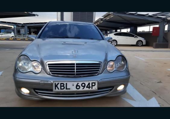 2004 Mercedes Benz C200 for sale Nairobi