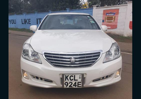 2010 Toyota Crown for sale in Kenya Nairobi