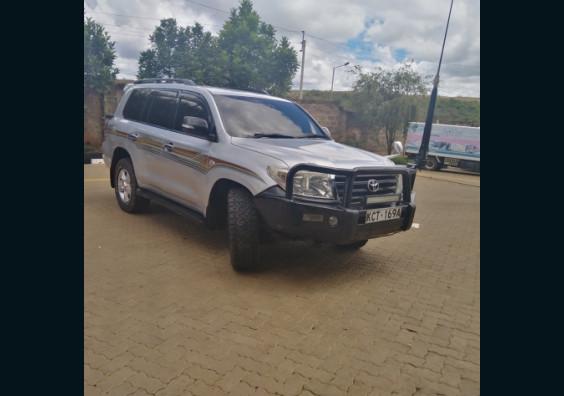 2009 Toyota Land Cruiser V8 for sale in Kenya
