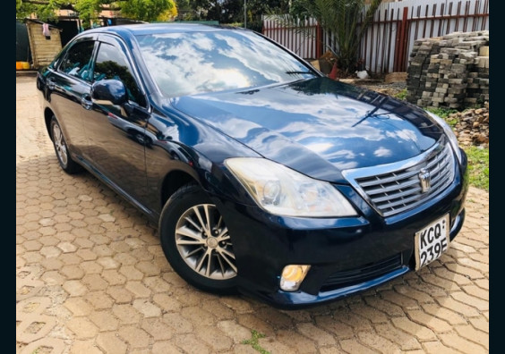 2011 Toyota Crown for sale in Kenya