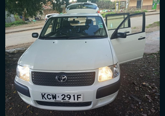 2013 Toyota succeeded for sale in Kenya