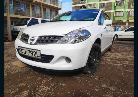 2008 Nissan Tiida for sale in Kenya Nairobi