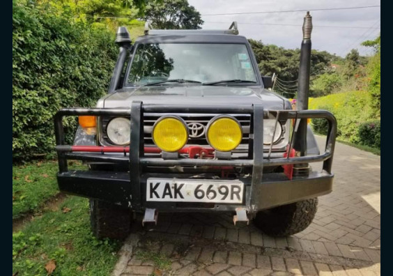 1998 Toyota Land Cruiser Hardtop HZJ77 fo sale in Nairobi