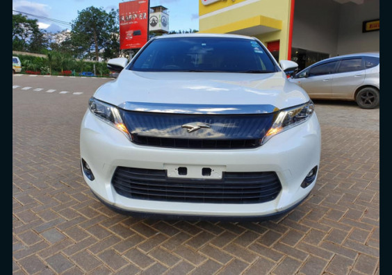 2014 Toyota Harrier for sale in Nairobi Kenya