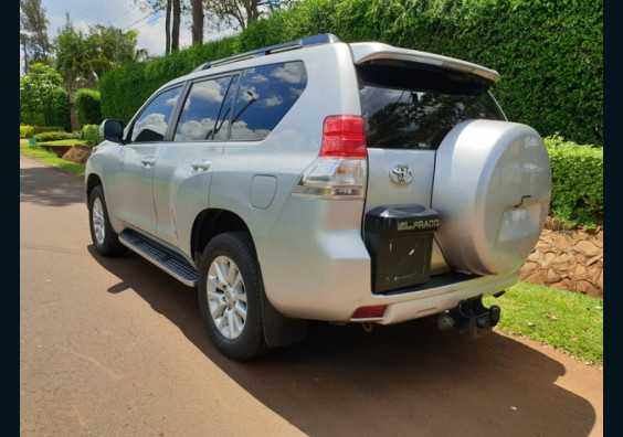 Topcar Kenya|Cars for Sale in Kenya| Buy Cars in Kenya|Car Reviews in Kenya  2012 Toyota Prado