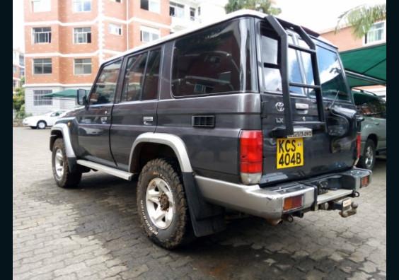 Topcar Kenya|Cars for Sale in Kenya| Buy Cars in Kenya|Car Reviews in Kenya  2011 Toyota Land Cruiser