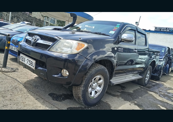 2006 Toyota Hilux for sale in Kenya