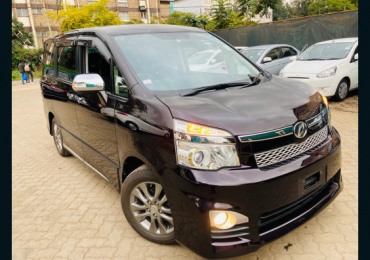 2013  TOYOTA VOXY FOR SALE IN KENYA NAIROBI
