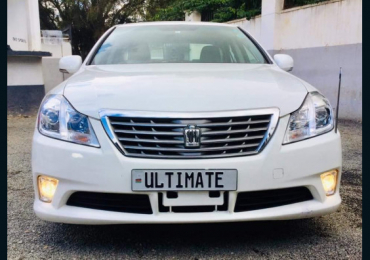 2012 TOYOTA CROWN NAIROBI