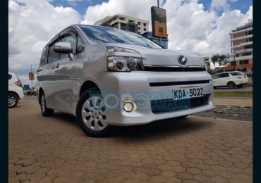 2013 TOYOTA VOXY NAIROBI