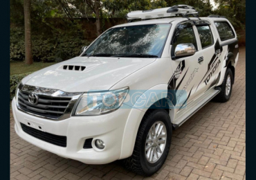 2015 TOYOTA HILUX NAIROBI
